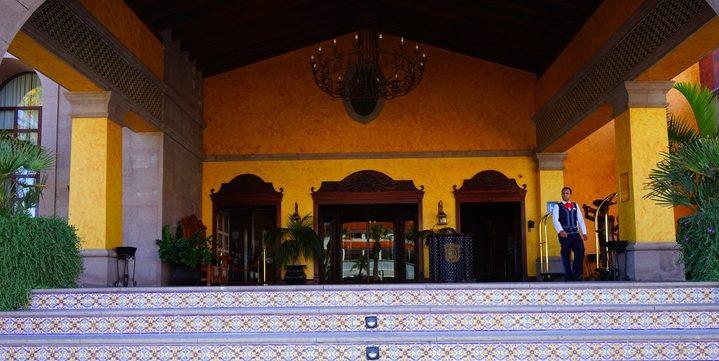 mansion-palace-Arona-Tenerife-Iles-Canaries